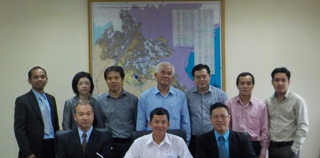 On-Site Data Discussion on Oil Stockpiling with Lao PDR, on 20 August 2014 at office of Department of Energy Policy and Planning, Ministry of Energy and Mines, Vientiane, Lao PDR.